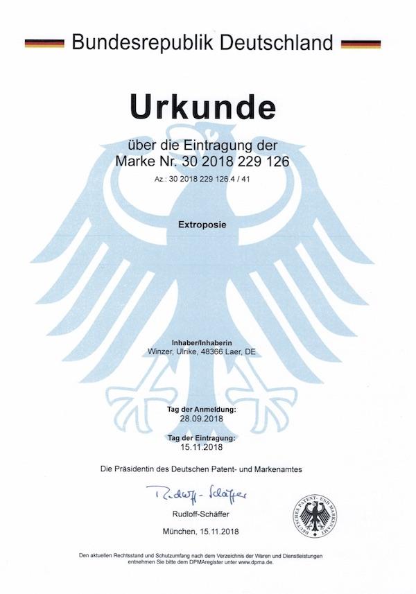 Ulrike WINzer - Inhaberin der Wortmarke Extroposie